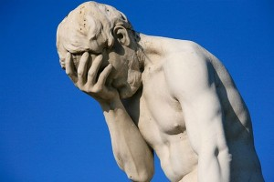 640px-Paris_Tuileries_Garden_Facepalm_statue