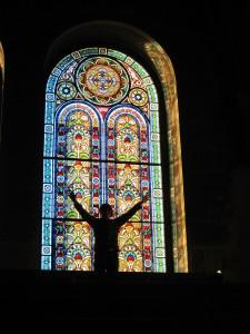 stain-glass-window-273241_1920
